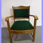 Antiek stoeltje