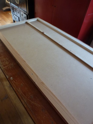 Houten basis voor hoofdbord bed
