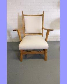 Houten stoel opnieuw bekleed